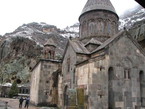 Герард – печерний монастир