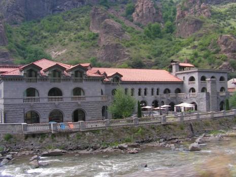 Дорога до Єревану